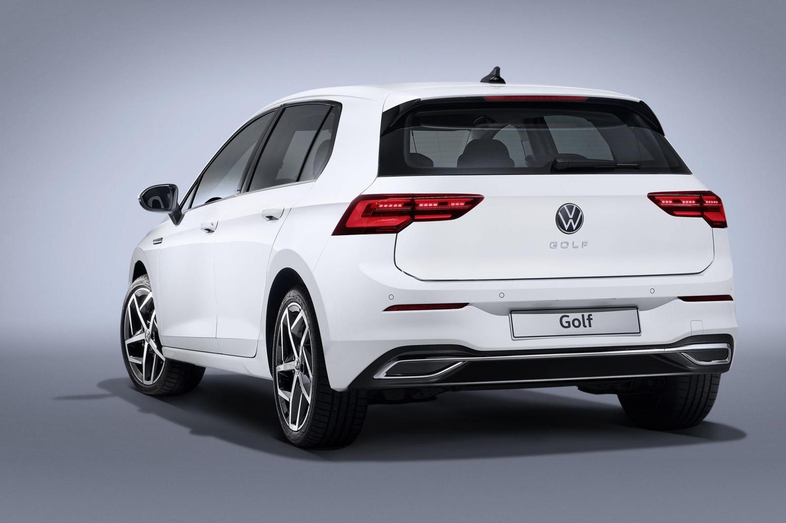 Volkswagen Golf 2020 (7)