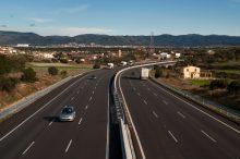 Peajes en todas las autovías y autopistas, así es la controvertida medida que se aplicará en 2024
