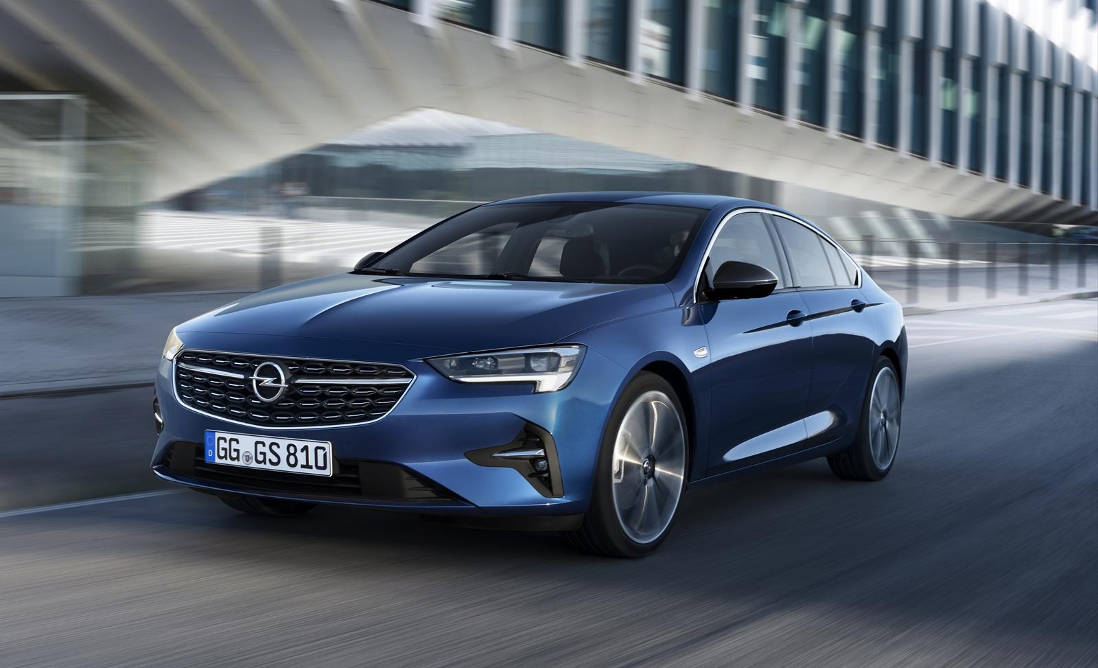 Opel Insignia 2020 (1)