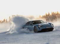 Porsche Taycan Nieve 4