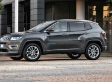 Jeep Renegade 4xe Jeep Compass 4xe (3)