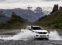 Nissan Navara Off Roader At32 (1)