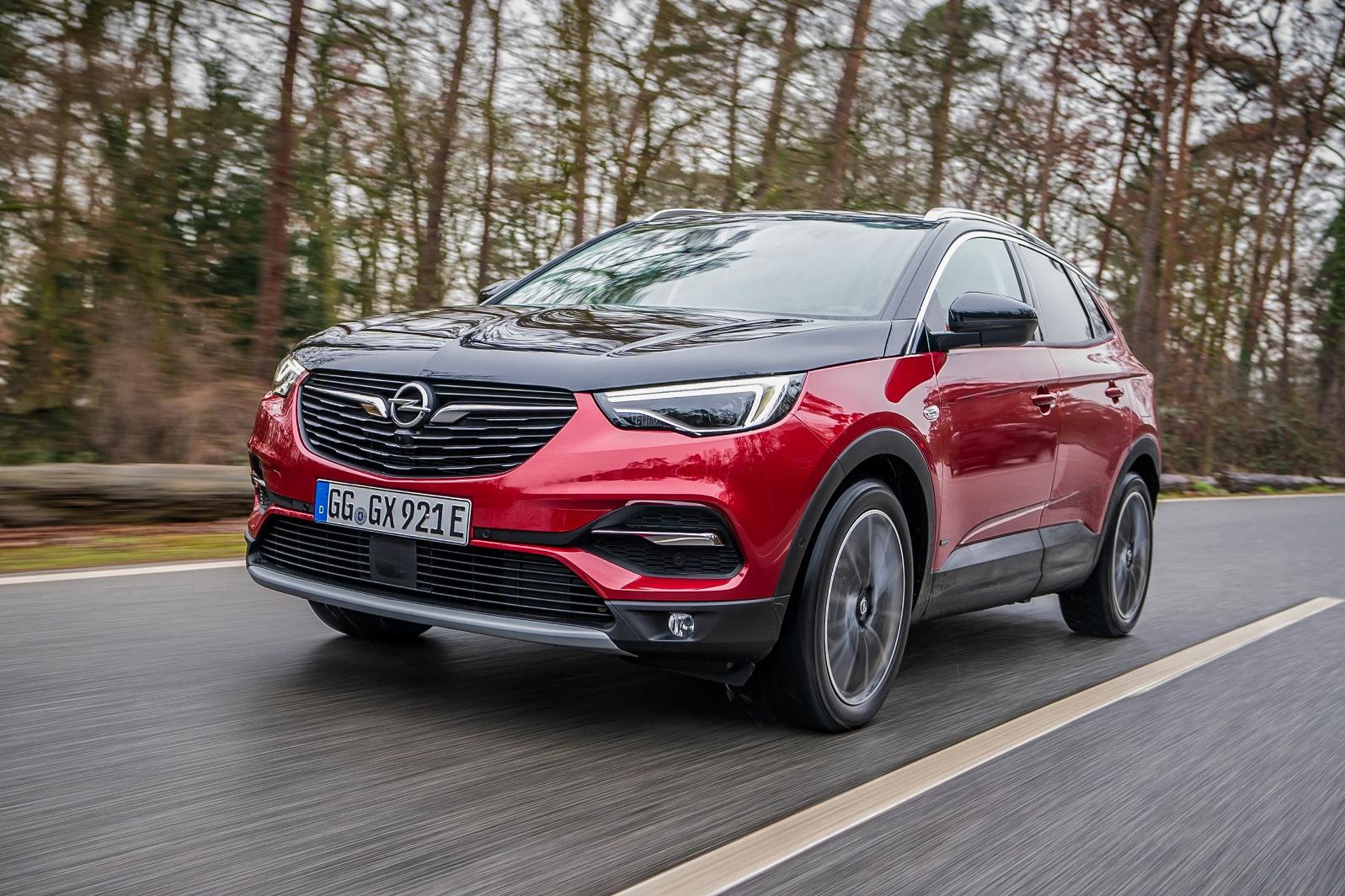 Opel Grandland X Hybrid4 (18)