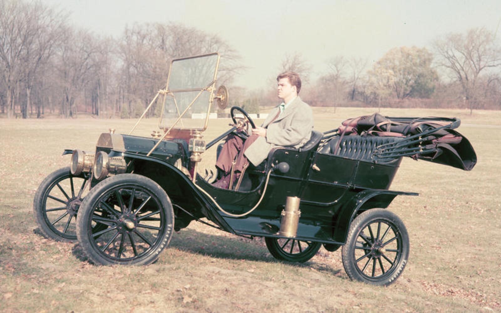 Model T The Tin Lizzie (1908)