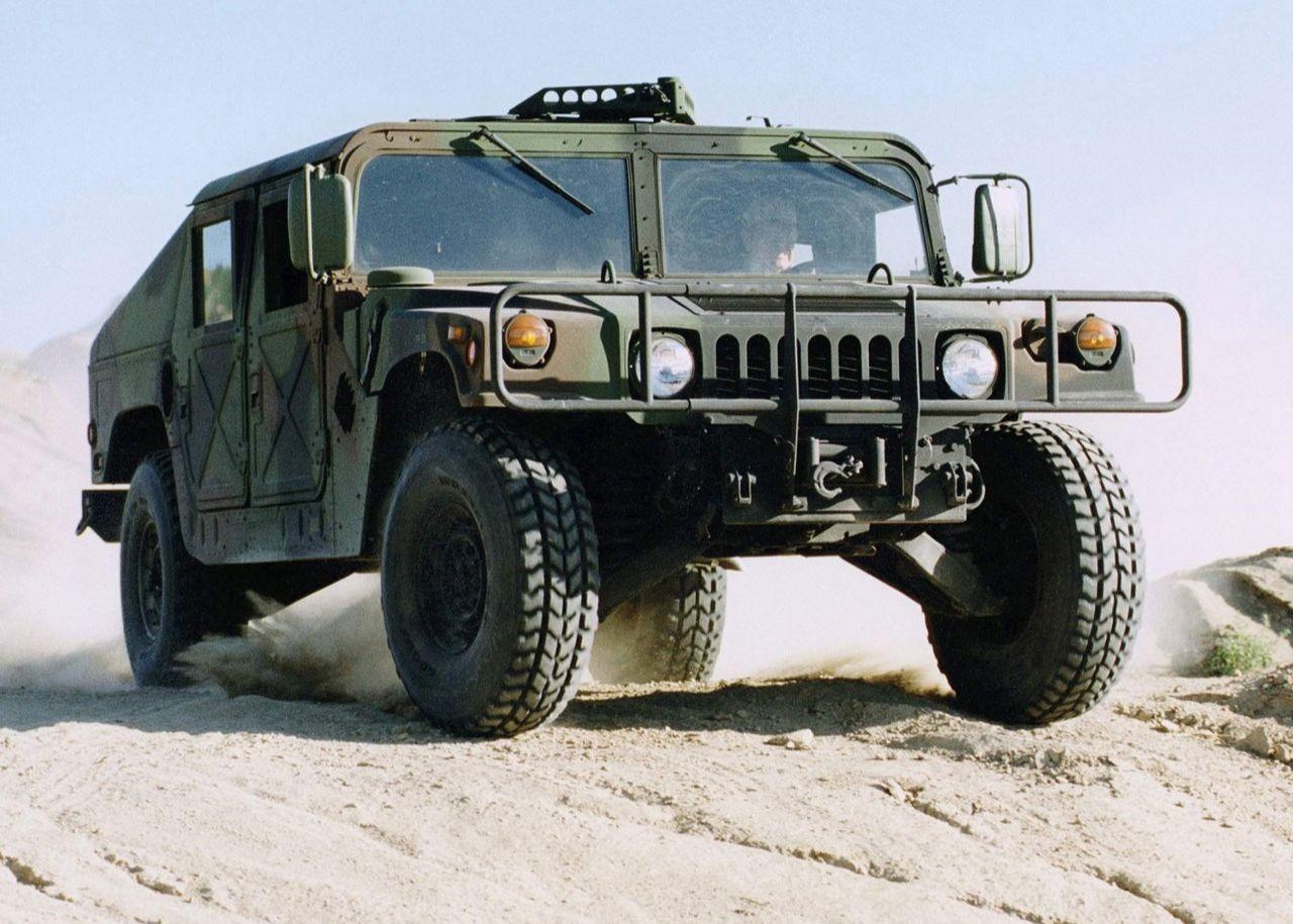 Hummer Humvee Military Vehicle 2003 1280 01