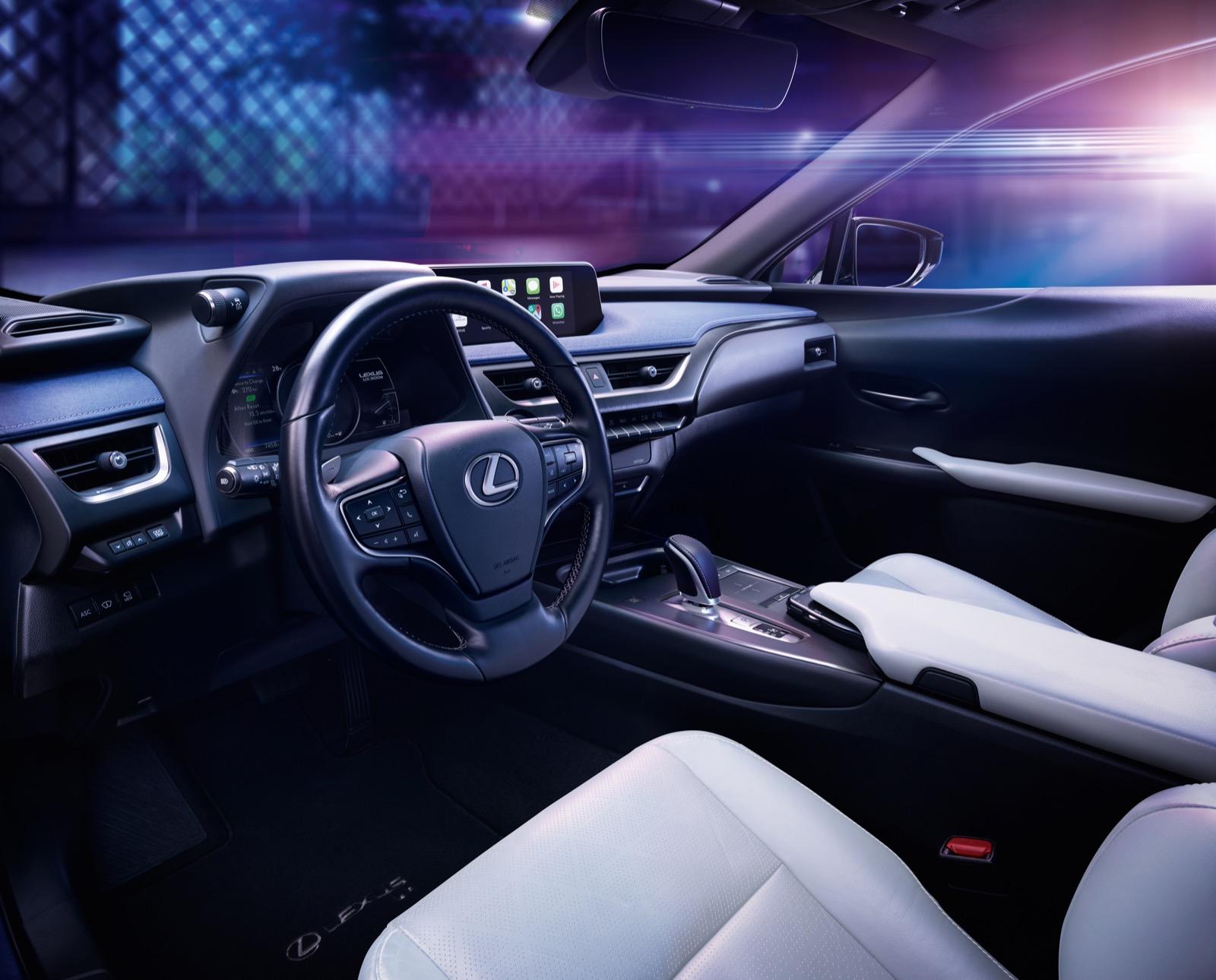 Lexus Ux 300e 14