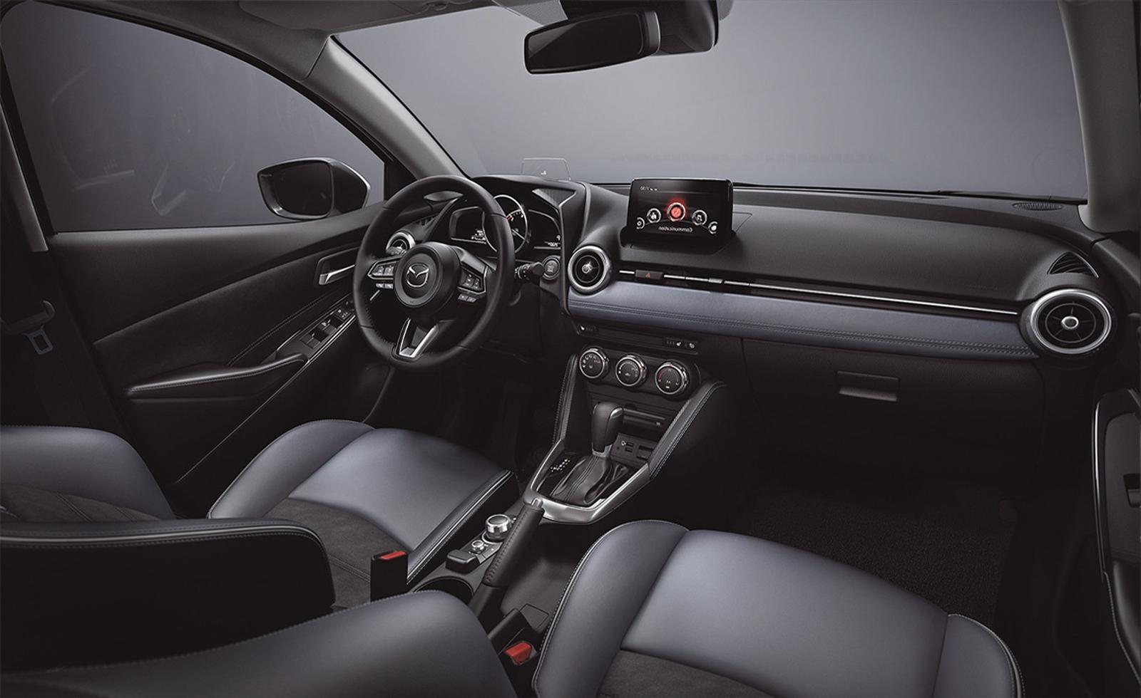 Mazda 2 2020 (2)