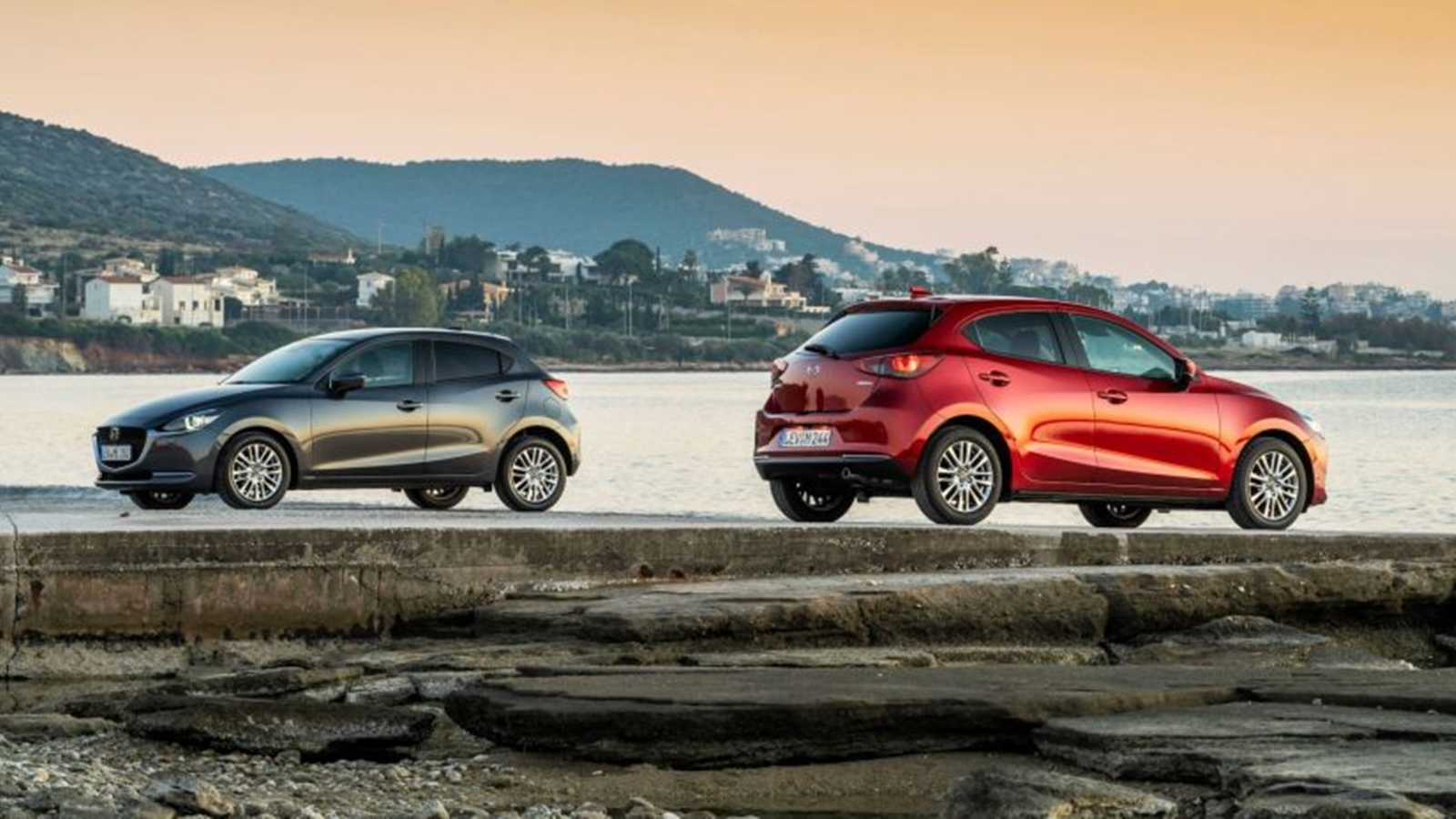 Mazda 2 2020 (4)