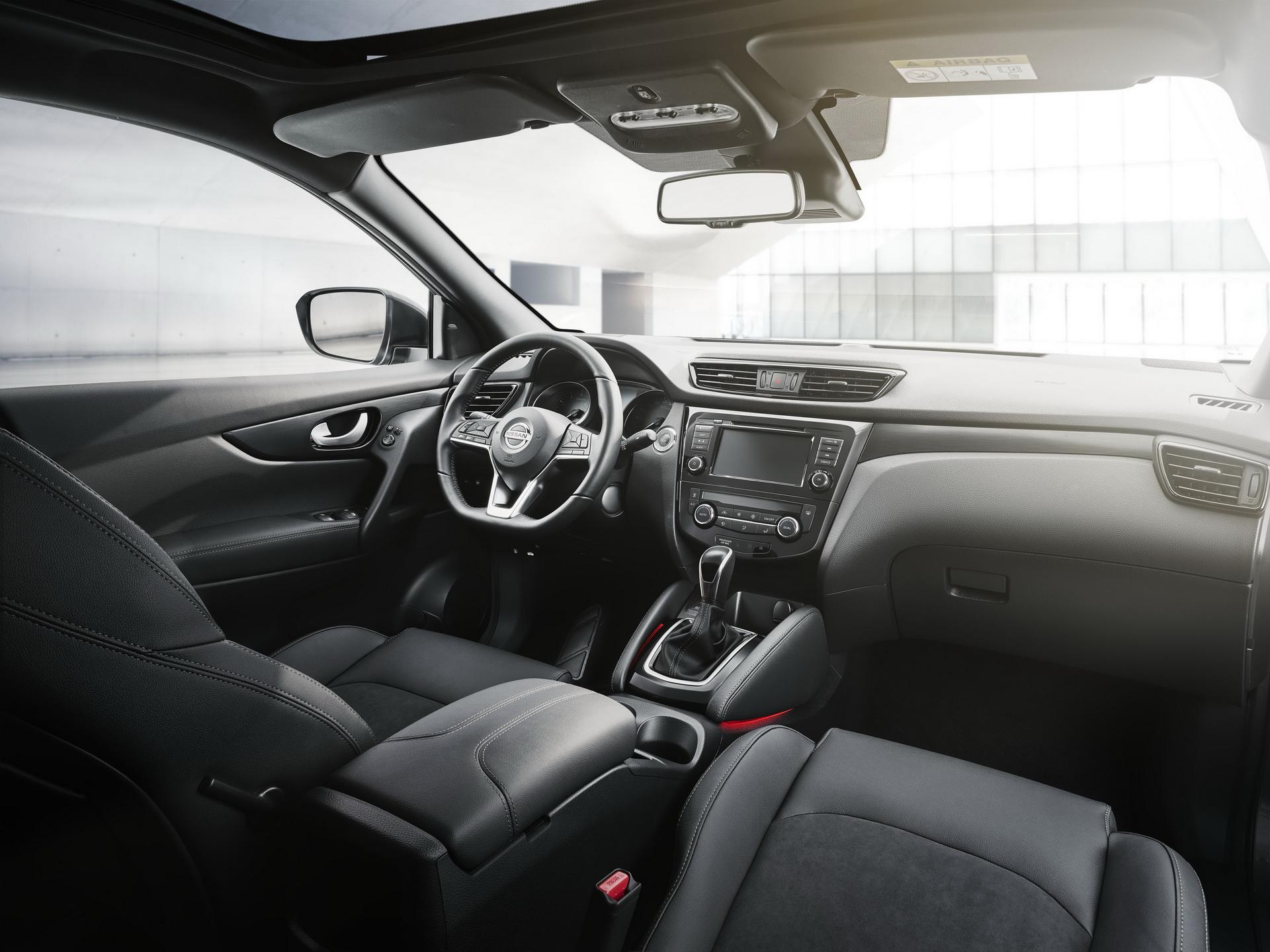 Nissan Version N Tec 2020 (11)