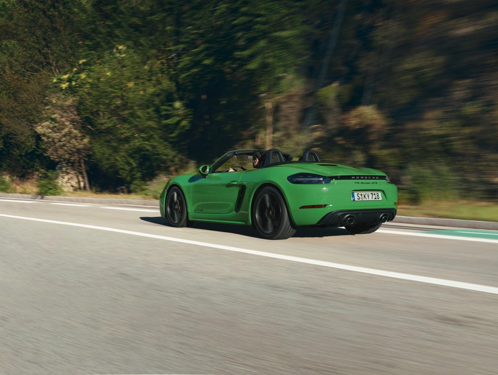 Porsche 718 Gts 1