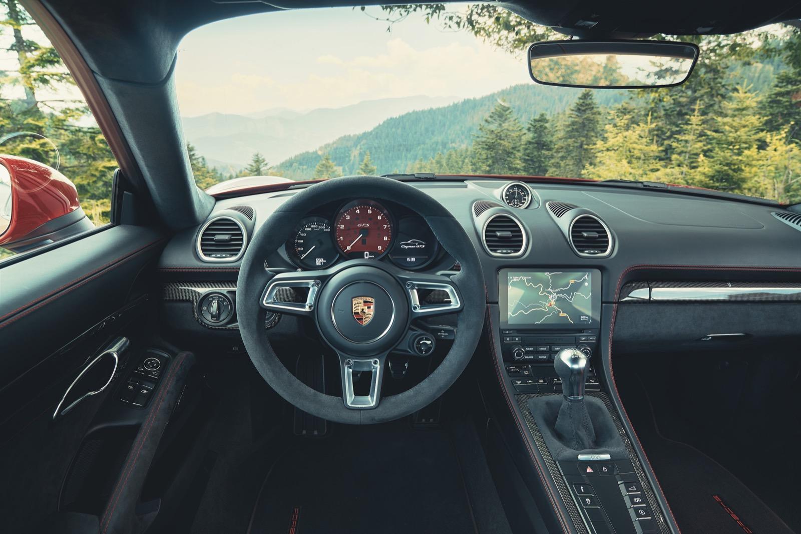 Porsche 718 Gts 5