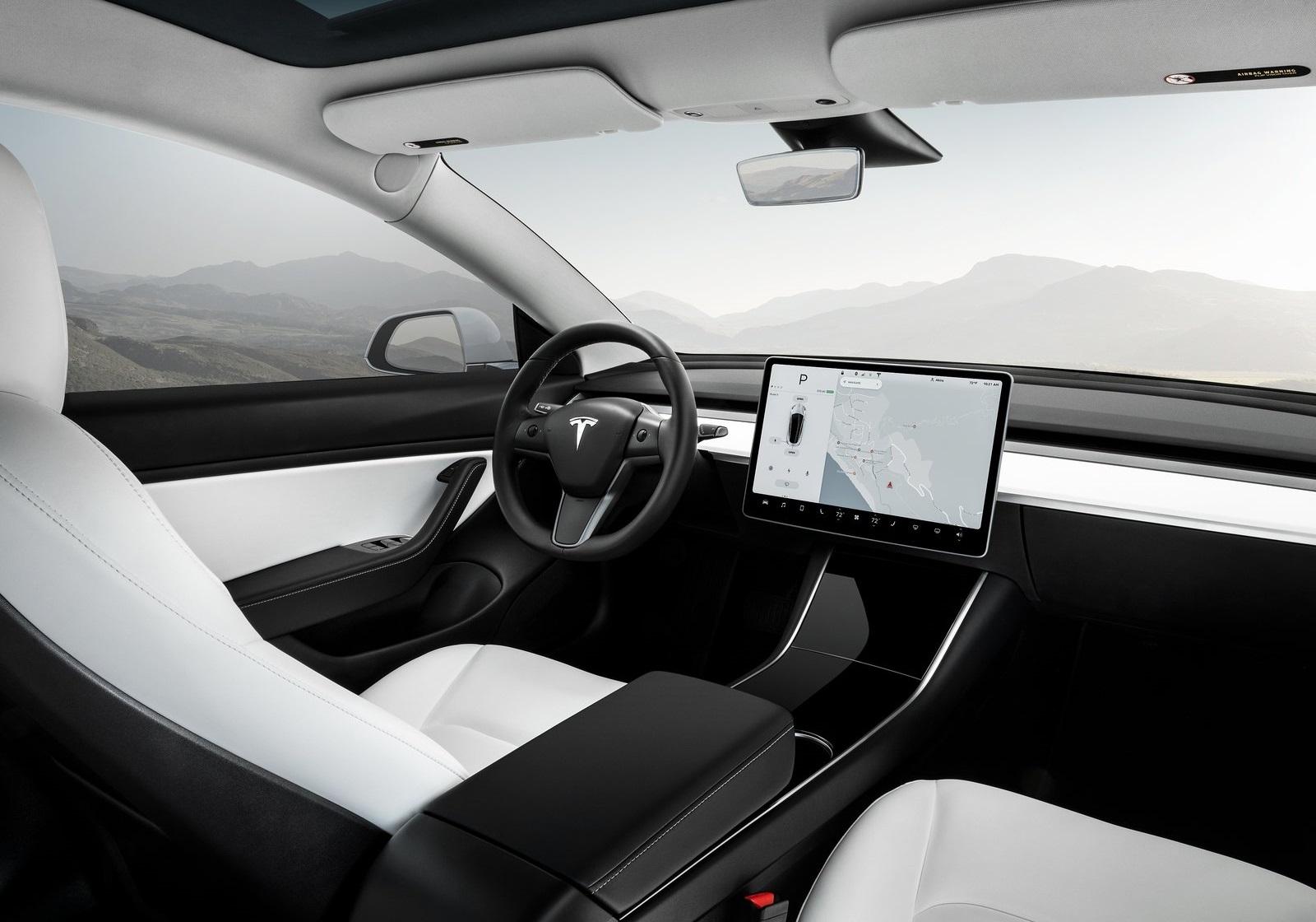 Tesla Model 3 2018 1600 13