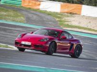 Porsche 718 Cayman Gts 11