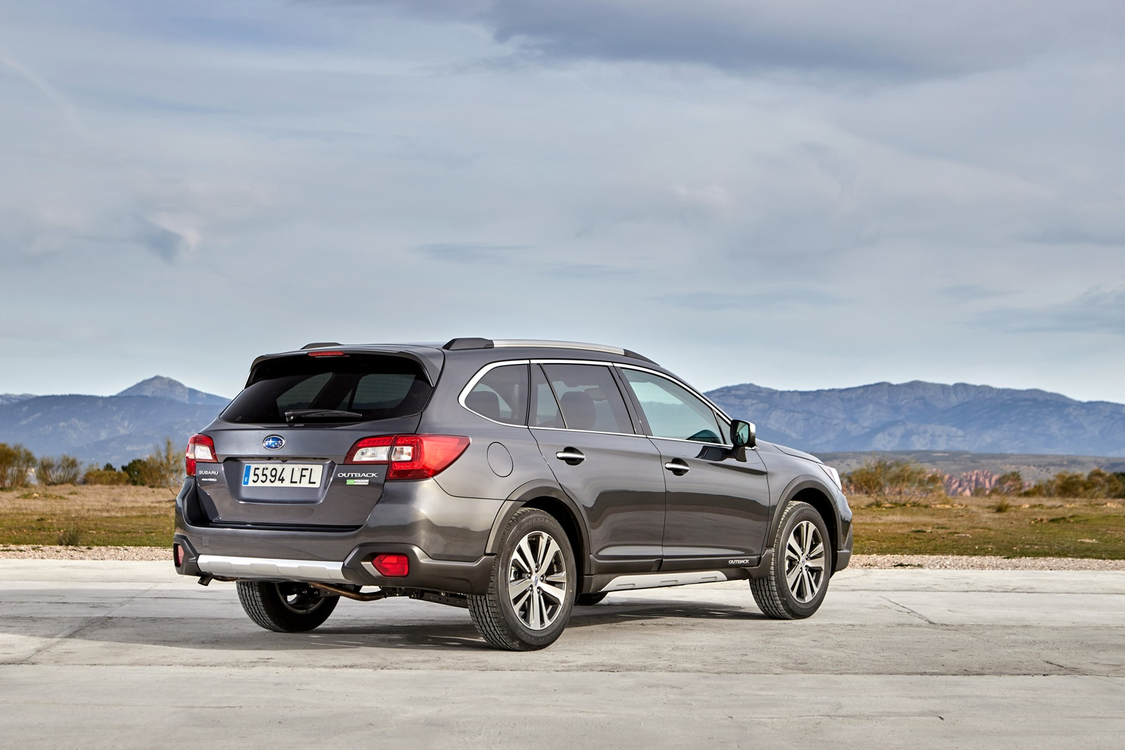 Subaru Outback Silver Edition 2020 (20)