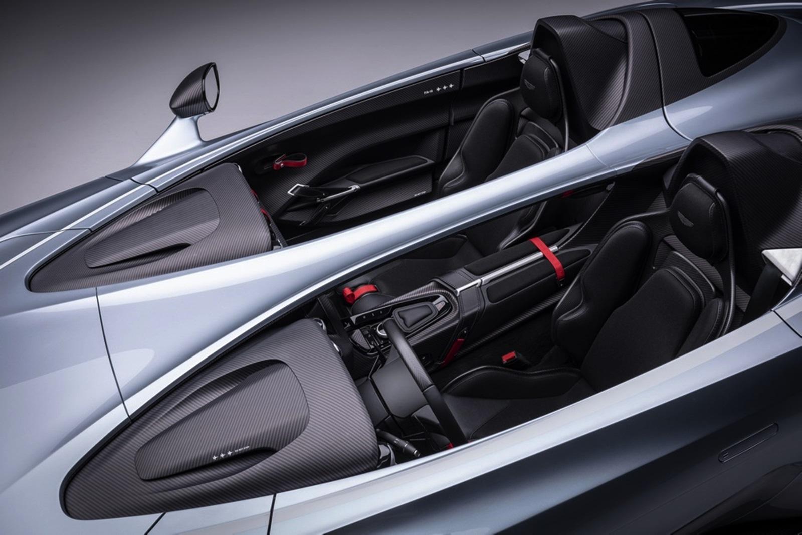 Aston Martin V12 Speedster 9