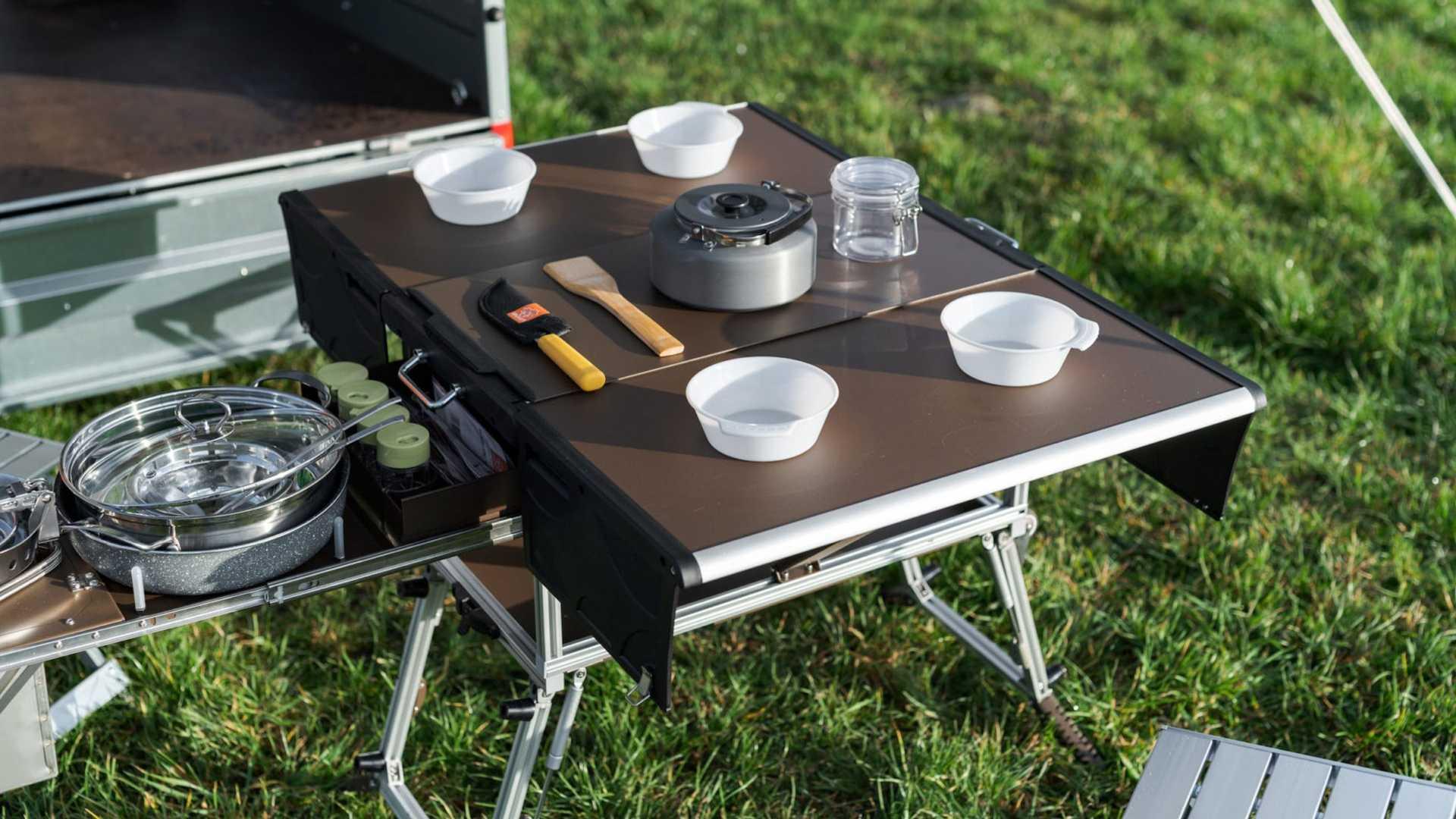 Elektro Frosch Camper Electrico Mesa