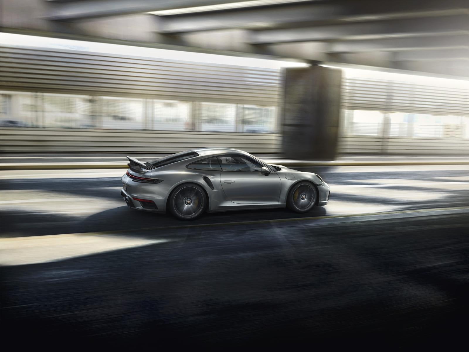 Porsche 911 Turbo S (6)