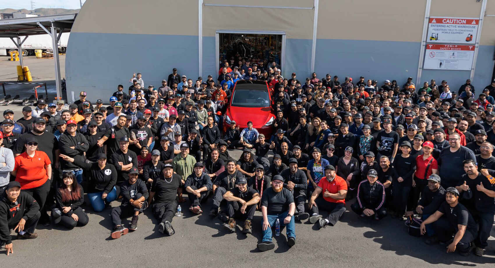 Tesla Factoria Cese Produccion