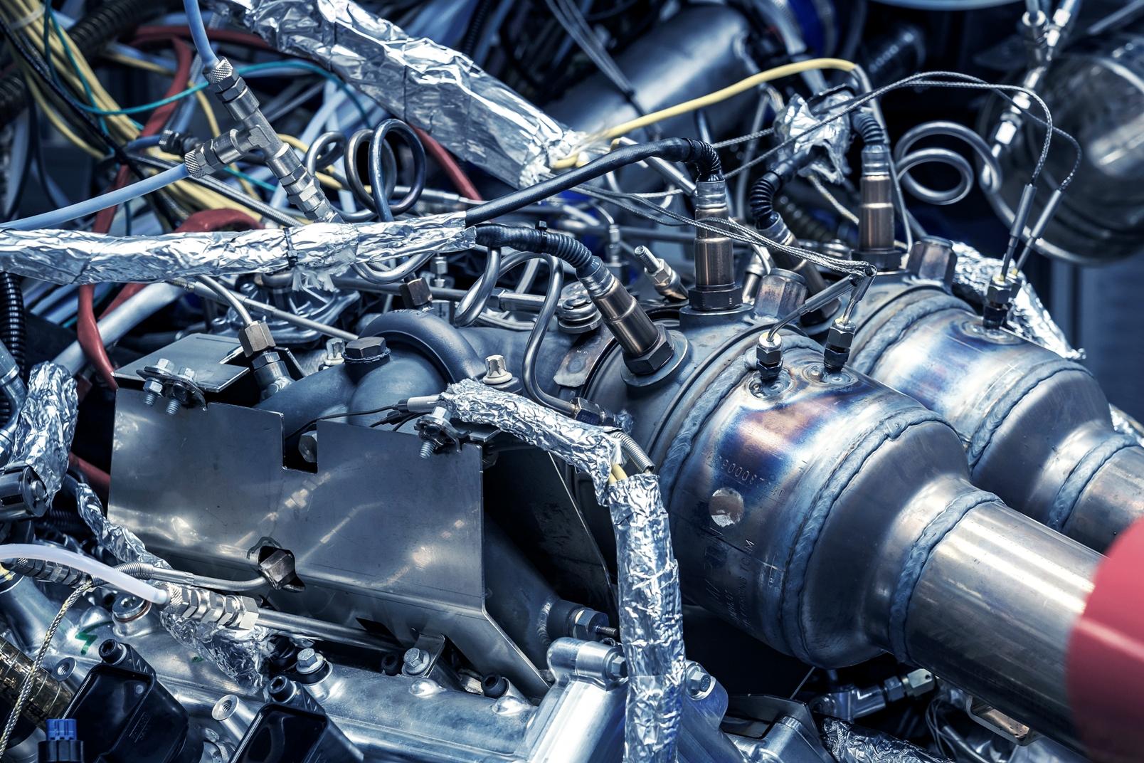 New Aston Martin Engine V6 (5)