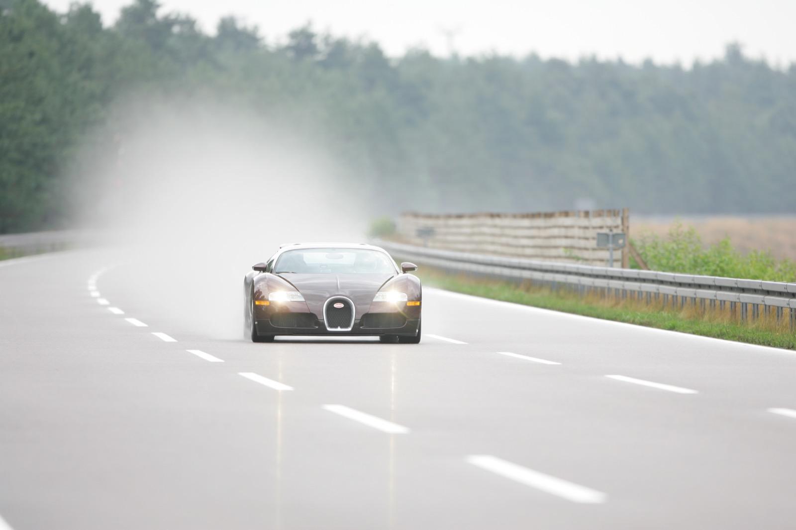 Bugatti Veyron 5