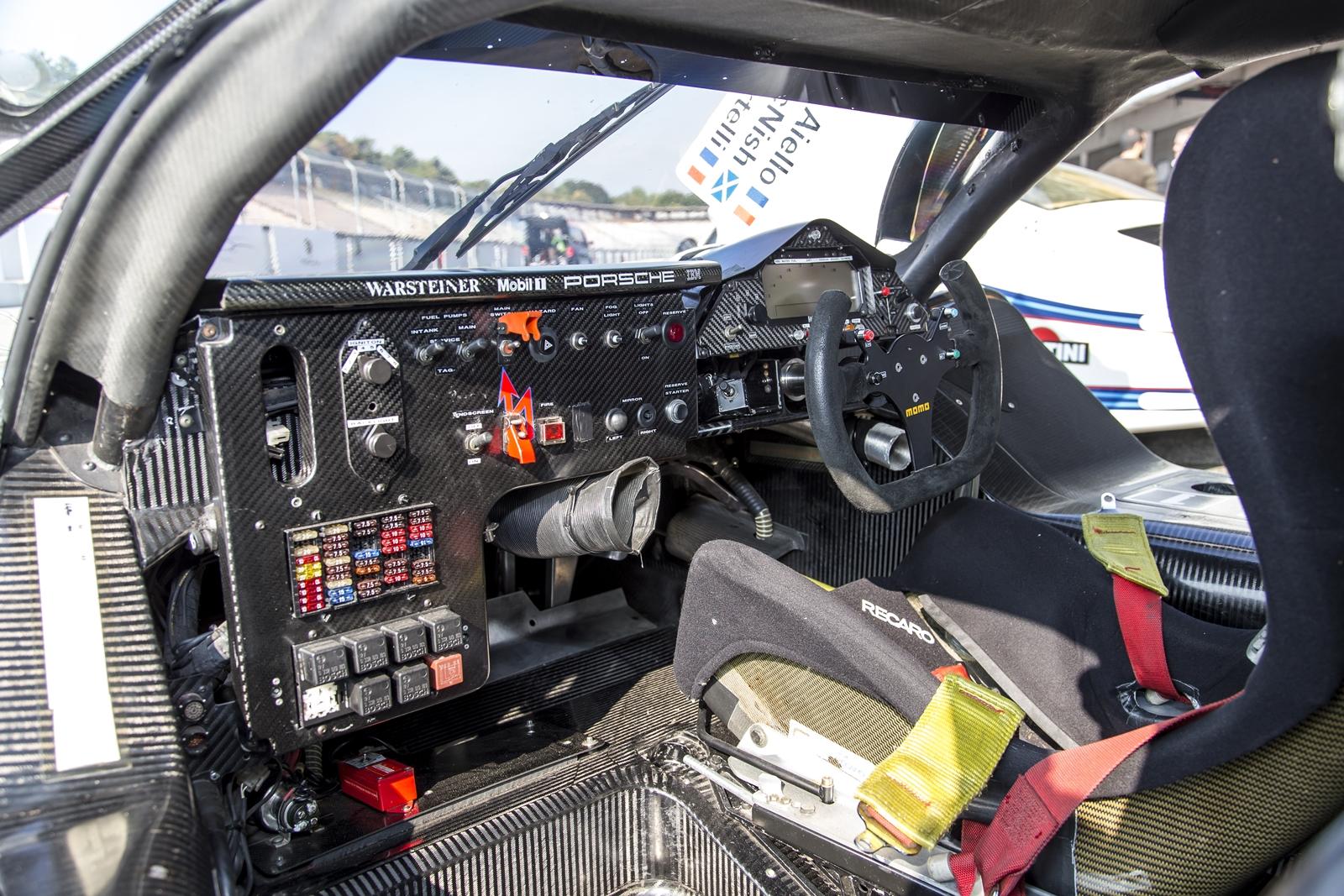 Evolución Volantes Porsche (2)