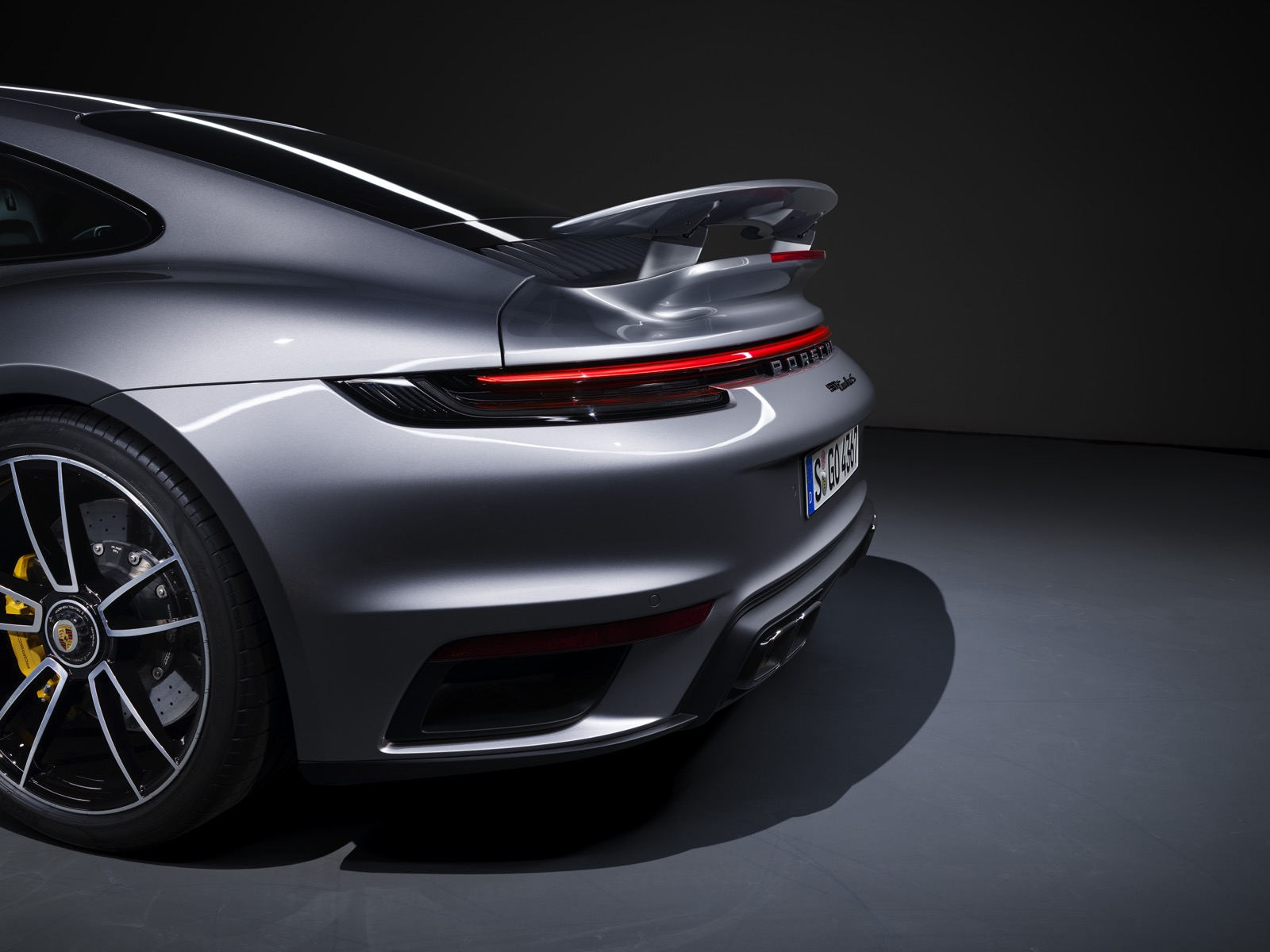 Porsche 911 Turbo 13