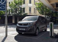 Peugeot E Traveller 2020 (2)