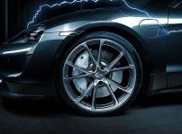 Porsche Taycan Techart 3