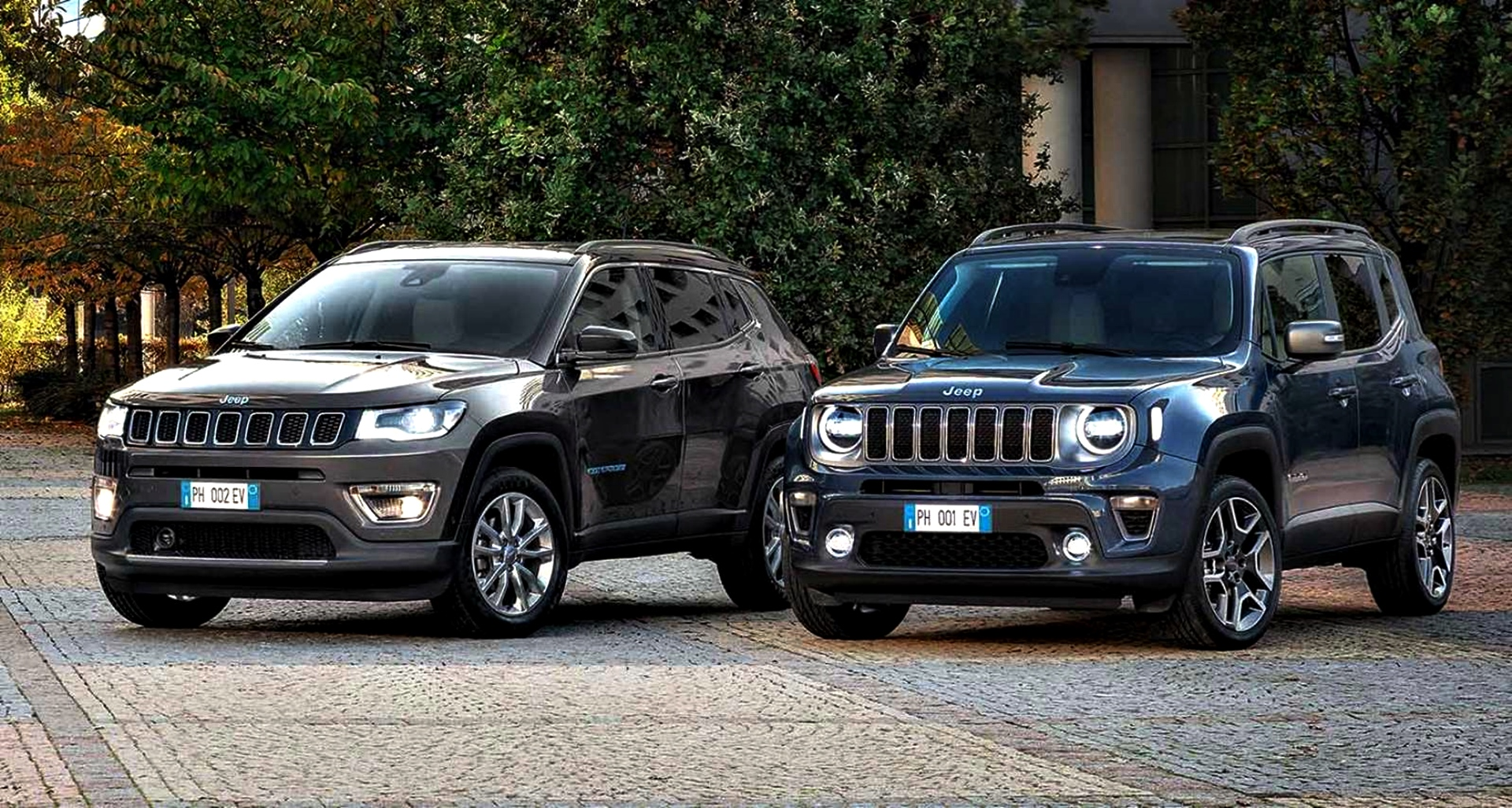 Jeep Renegade 4xe Jeep Compass 4xe 1 (1)