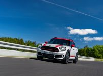 Mini John Cooper Works Countryman (2)