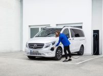 Mercedes Benz Evito Tourer (1)