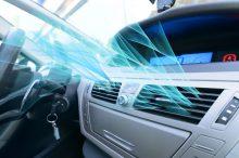 Cinco motivos por los que el aire acondicionado de tu coche huele mal