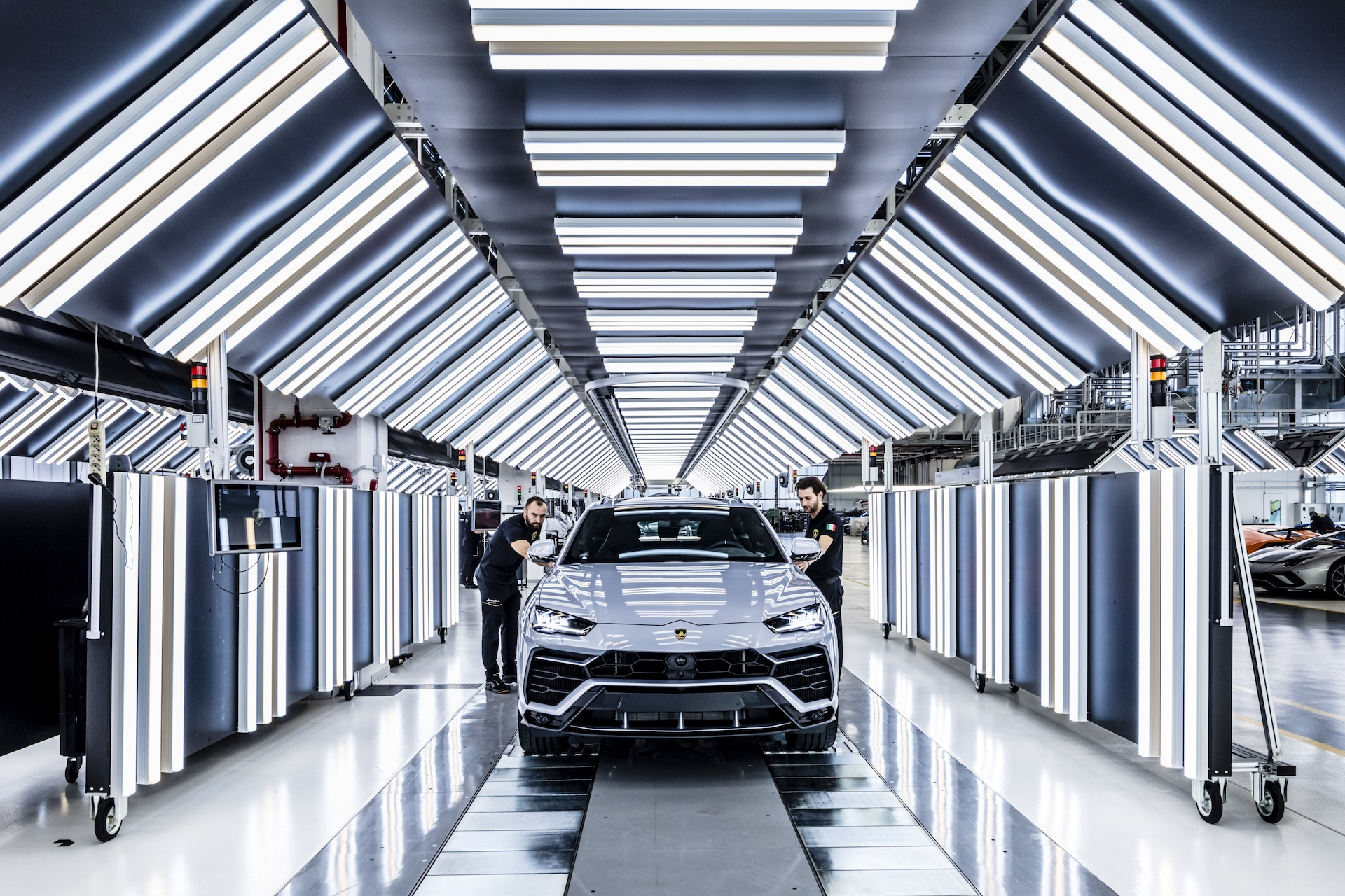 Lamborghini Urus Record 2