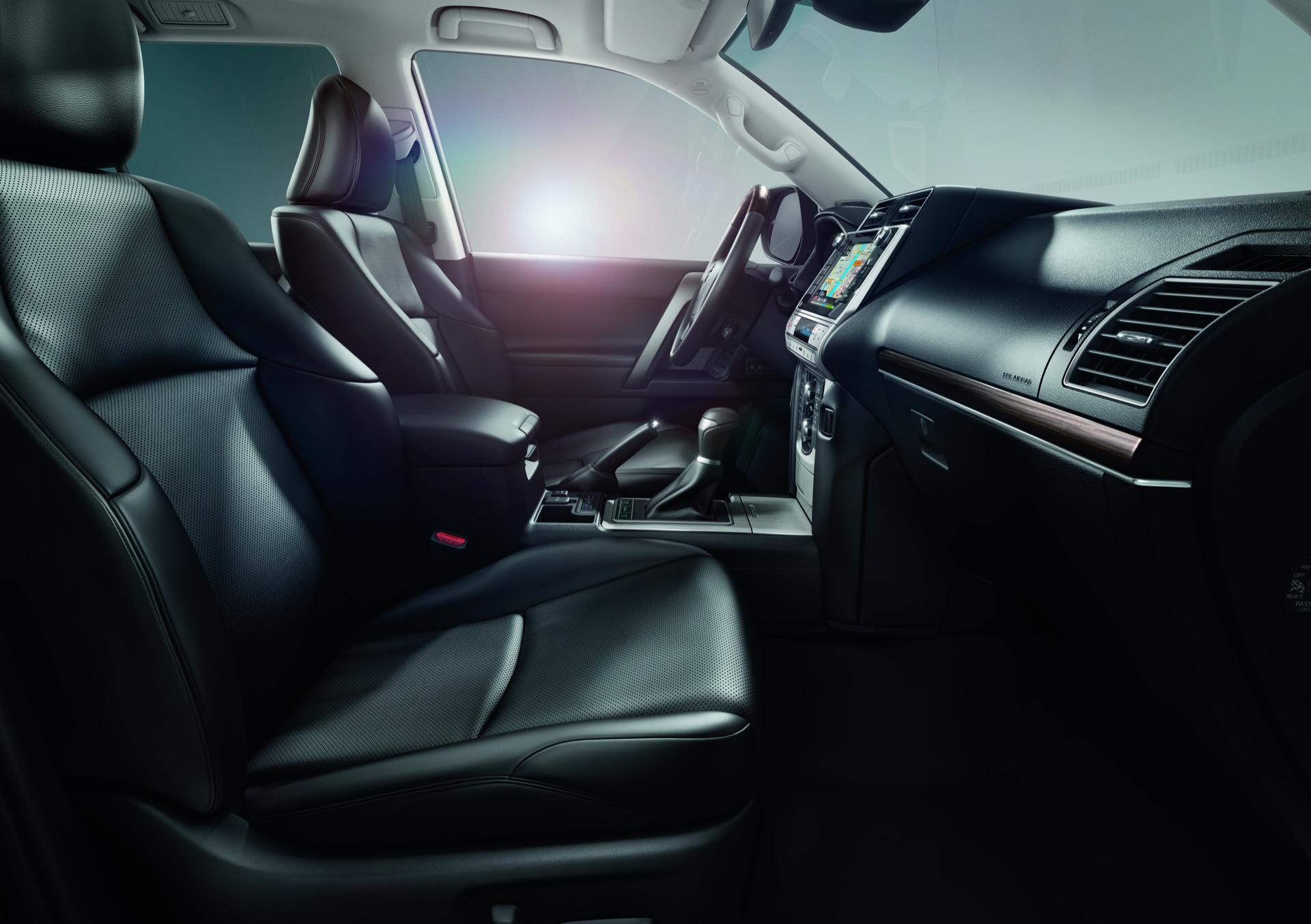 Toyota Land Cruiser 2021 7