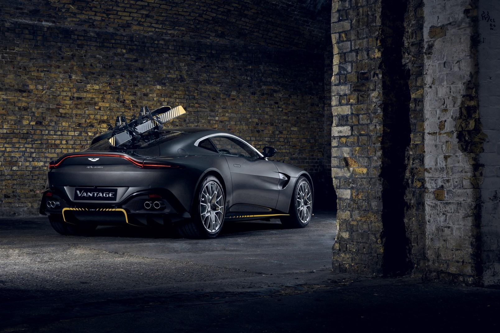 Aston Martin Vantage 007 Edition (3)