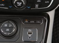 Jeep Compass Limited 4xe (2)