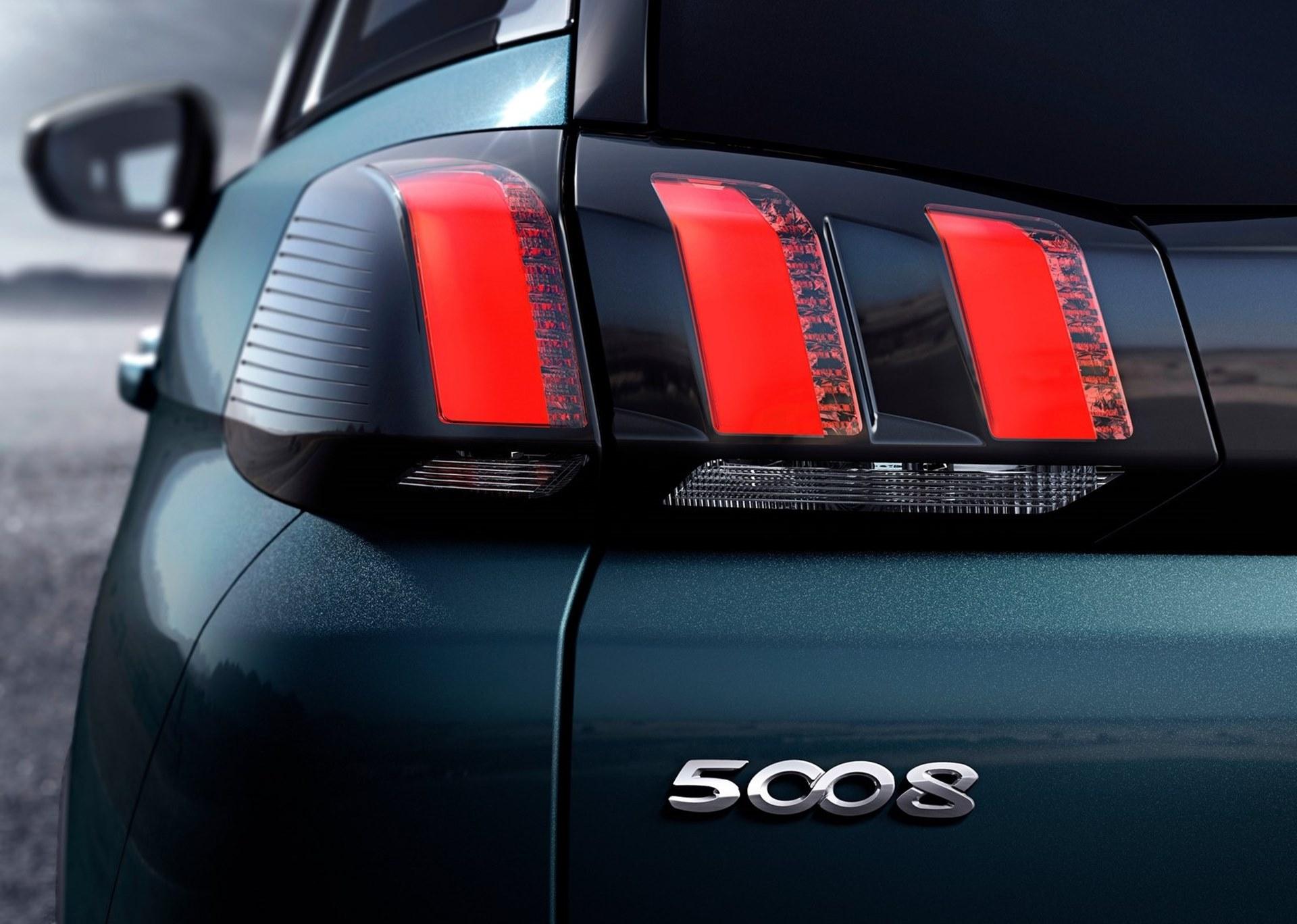 Peugeot 5008 2017 1600 77