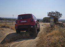 Jeep Renegade 4xe 13