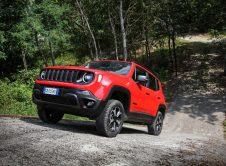Jeep Renegade 4xe 17