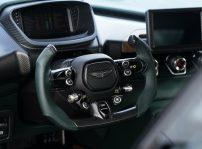 Aston Martin Victor 03