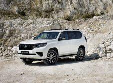 Toyota Land Cruiser 2021 (2)