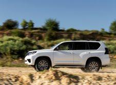 Toyota Land Cruiser 2021 (22)