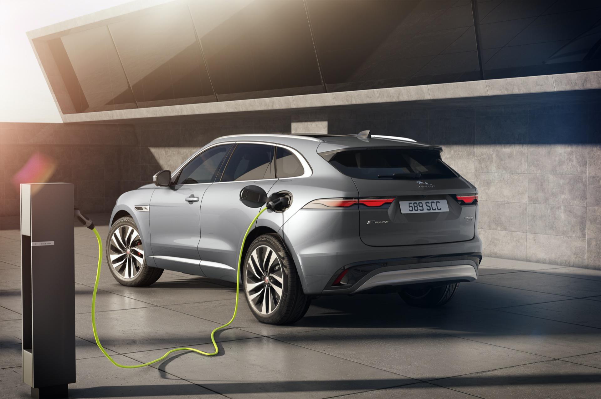 Jaguar F Pace 2020 4