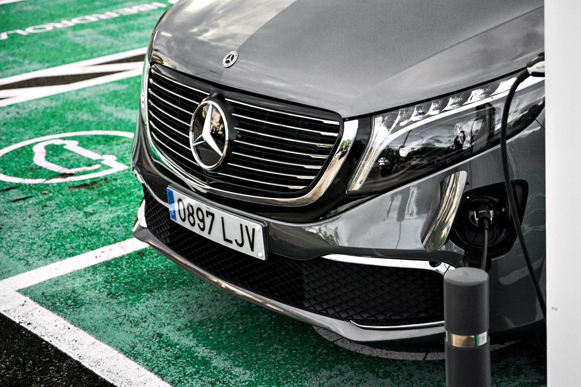 Prueba Mercedes Benz Eqv 300 (1)