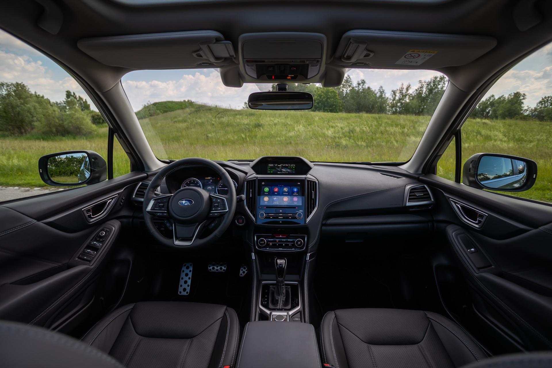 Subaru Forester Hibrido 24