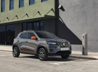 Dacia Spring Electric 2021 (1)