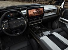 The 2022 Gmc Hummer Ev's Design Visually Communicates Extreme