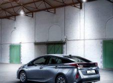 Toyota Prius Plug In 05
