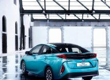 Toyota Prius Plug In 12