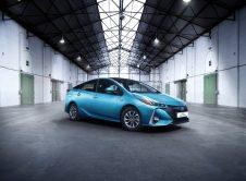 Toyota Prius Plug In 15